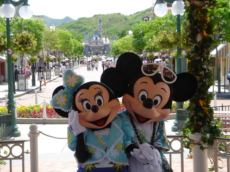 Hong Kong Disneyland, Mickey and Minnie