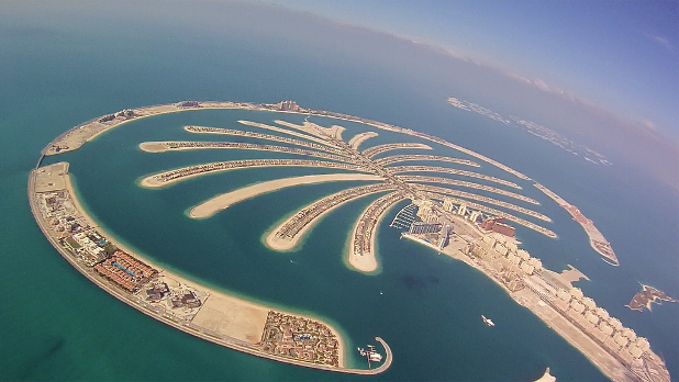 Skydiving over the Palm Jumeirah in Dubai