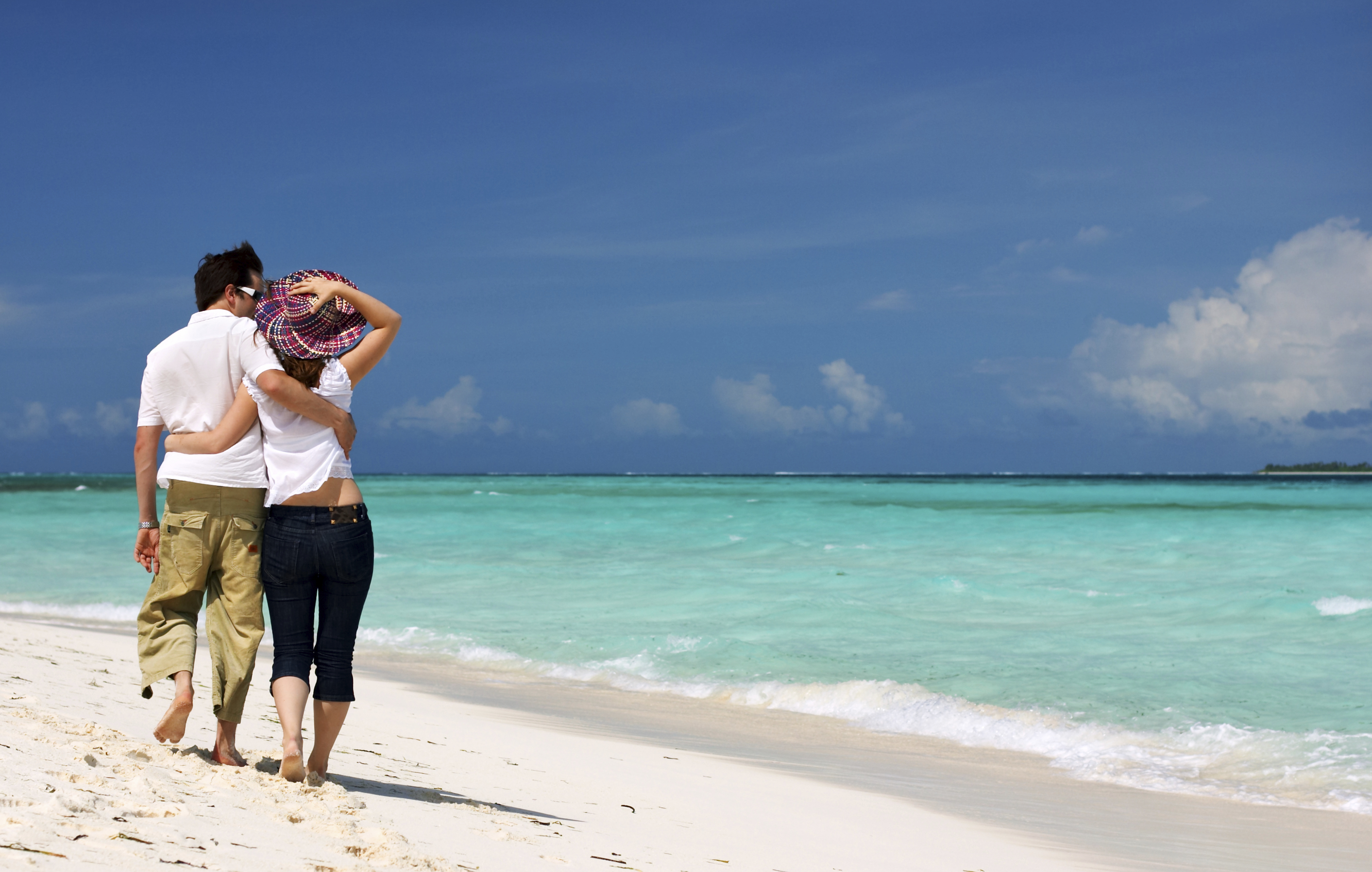 Traveling To The Bahamas With A Best Friend