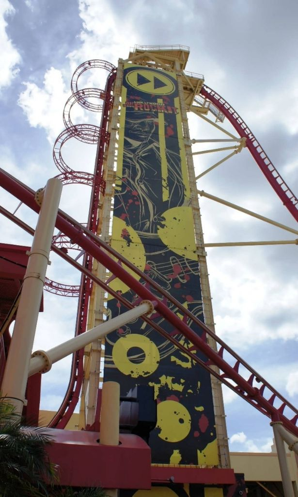 Universal 7 - Hollywood Rip Ride Rockit
