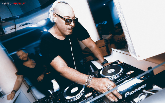Roger Sanchez Playa Troya