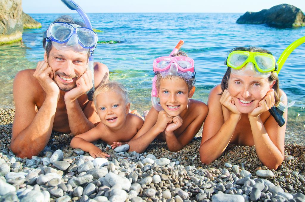 kids on the beach with snorkel
