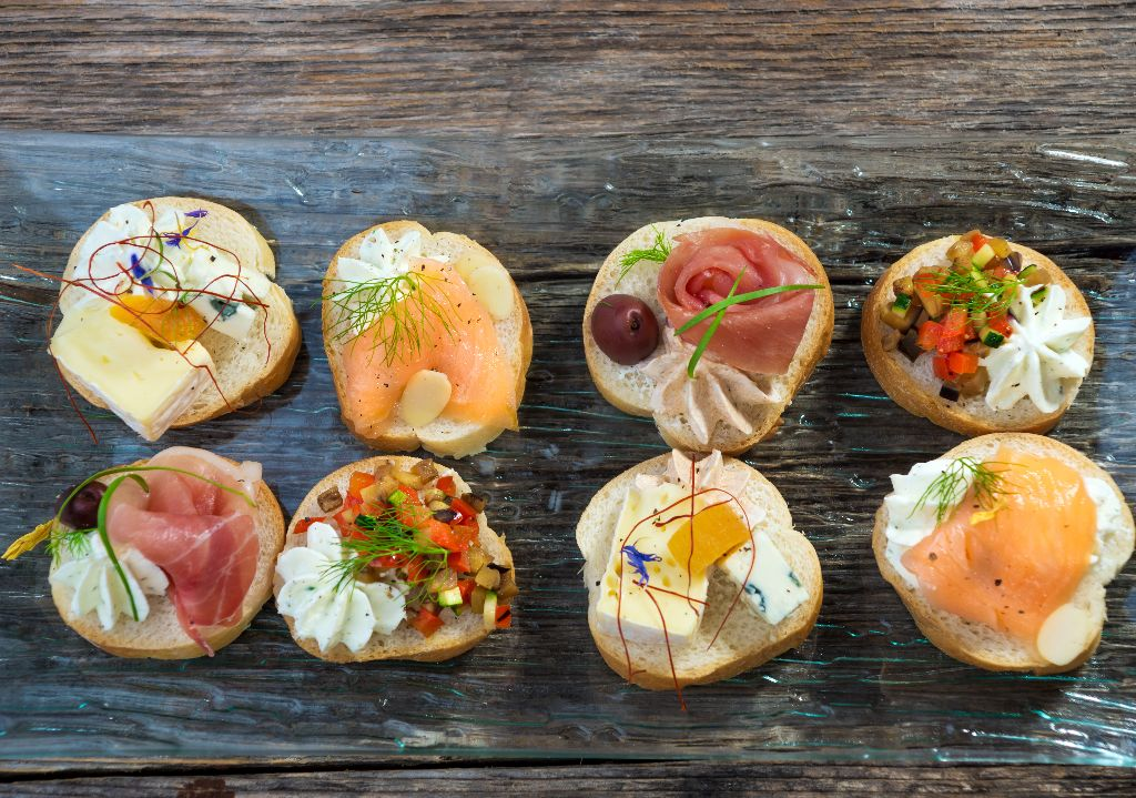 An a to z guide to italian food for Canape toppings