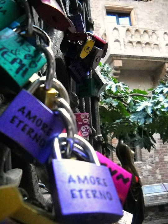 Love locks Verona