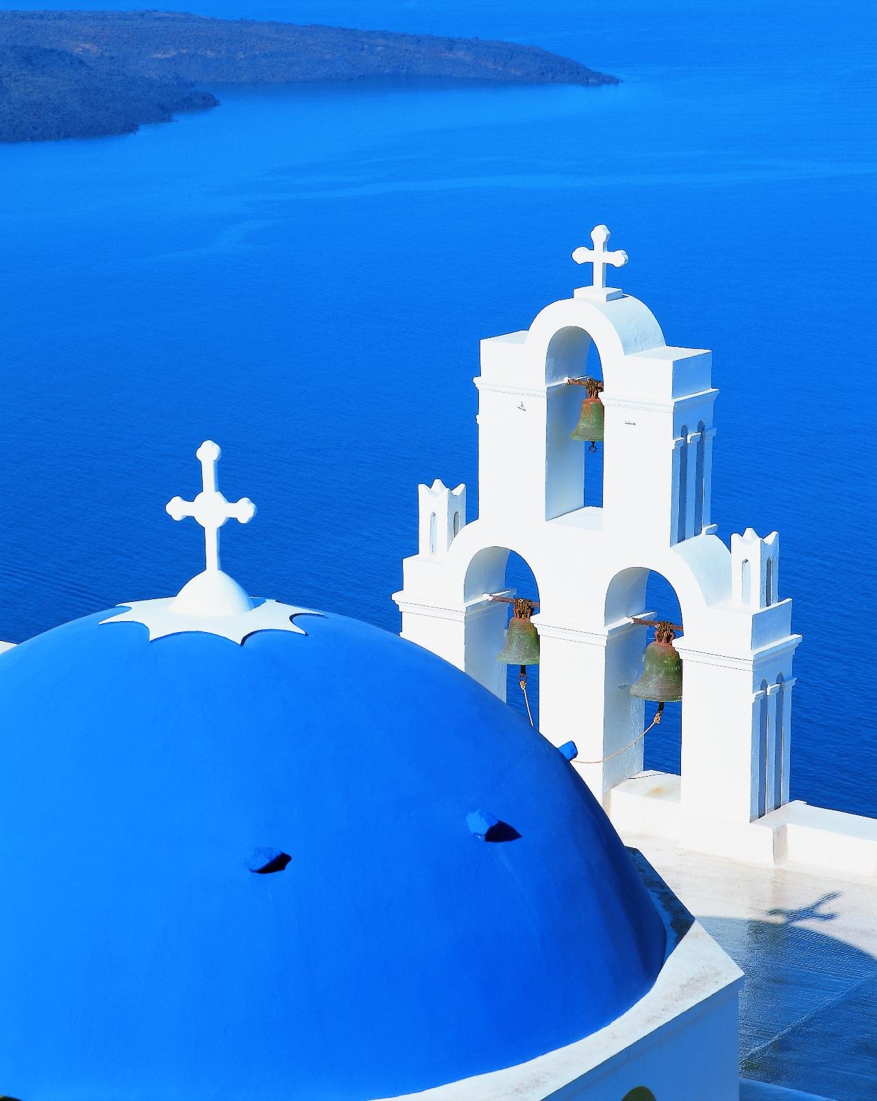 Santorini blue roof