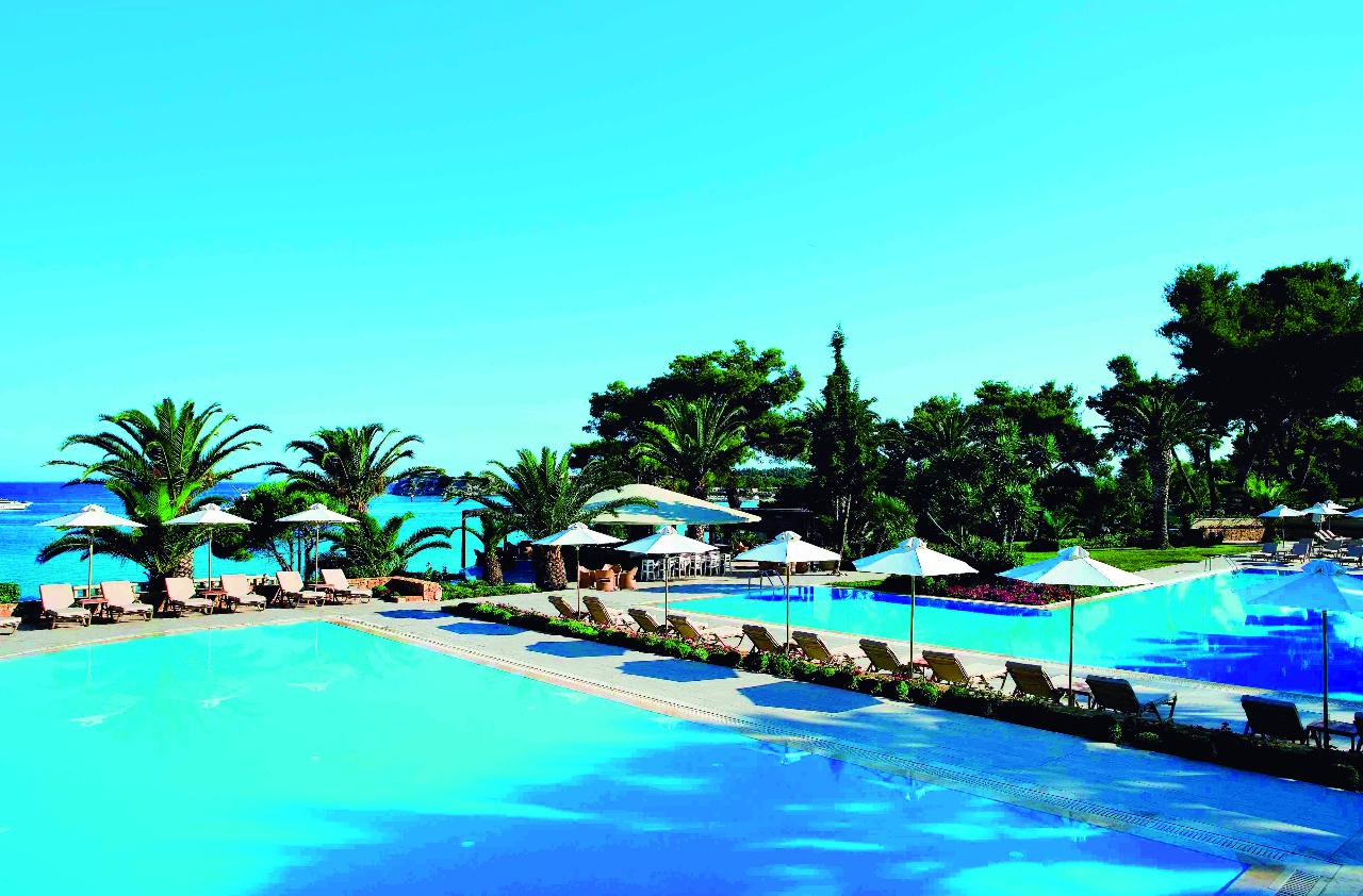 Sani Beach Club and Spa pool