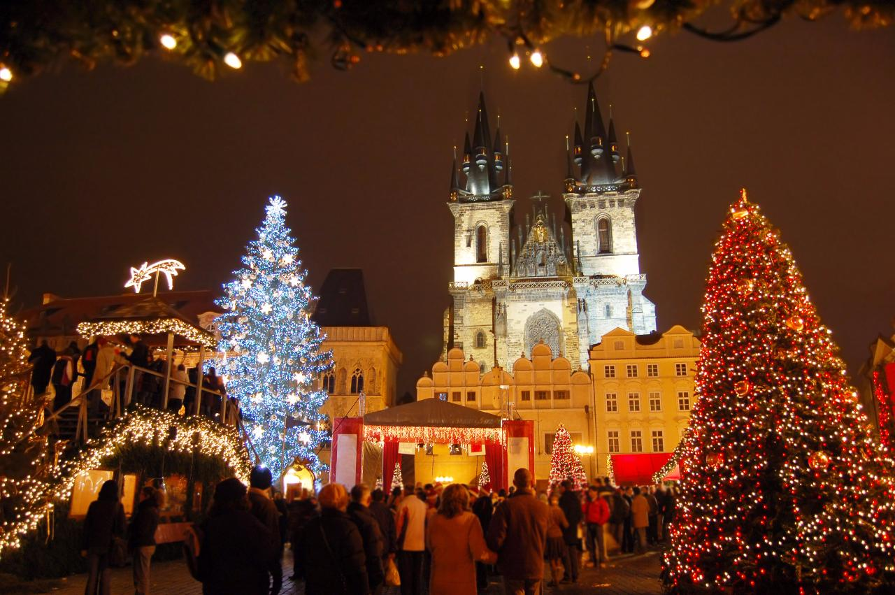 Prague Christmas market_122038996