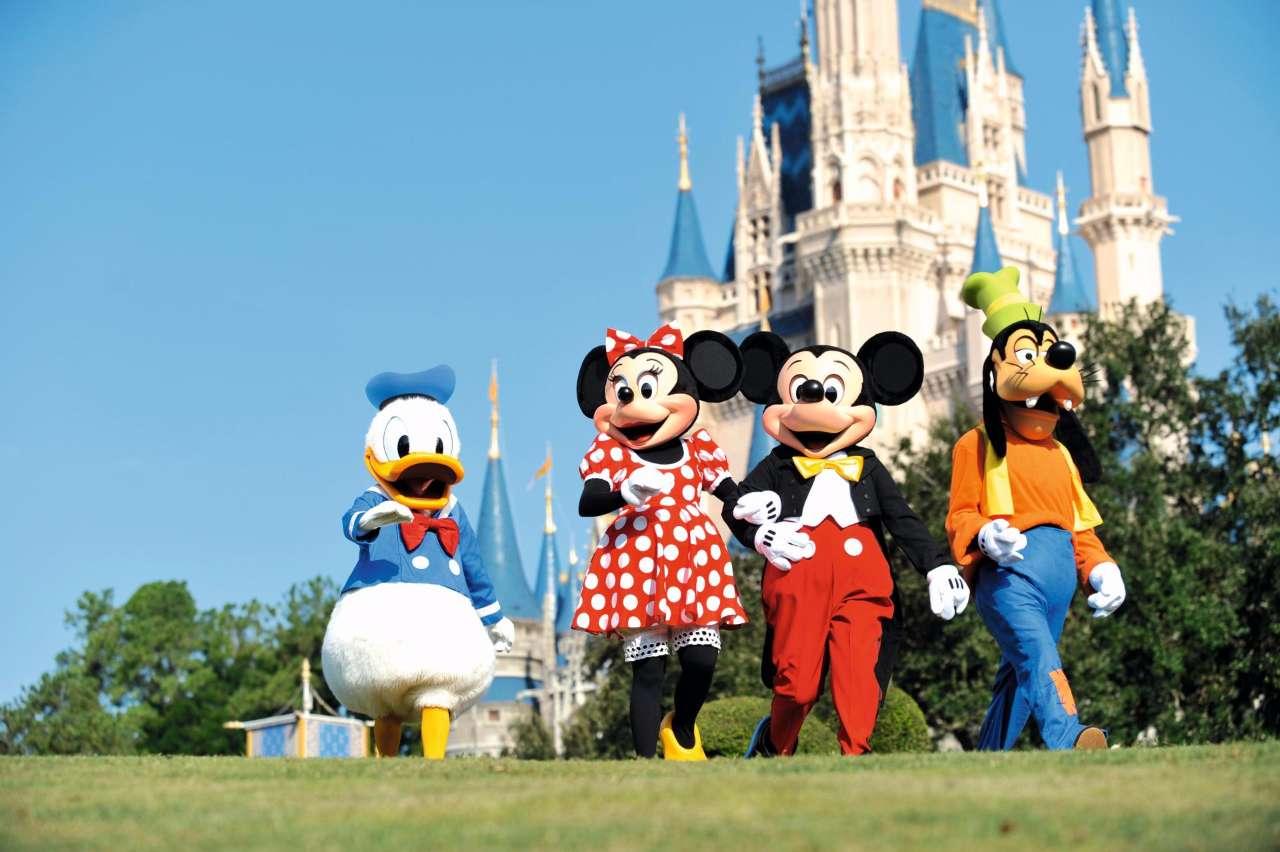 Disney characters in Florida FLO_DIS_MAGK_F141