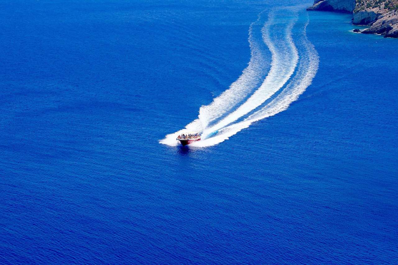 taxi-boat-Greece
