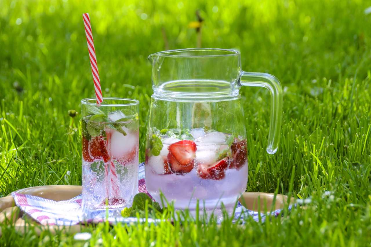 strawberry-water