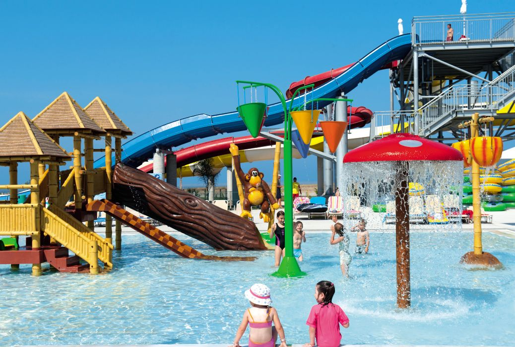 Louis Phaethon Beach Splash Pool