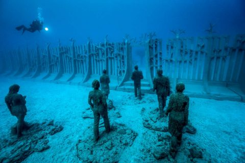 Underwater sculptures at Museo Atlantico