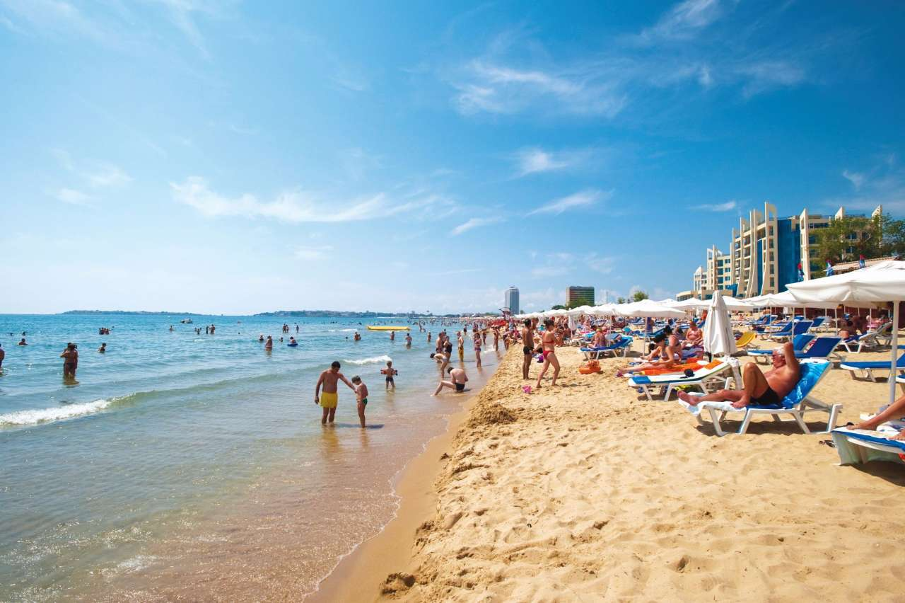 Is a Golden Sands or Sunny Beach Holiday Suited to You?