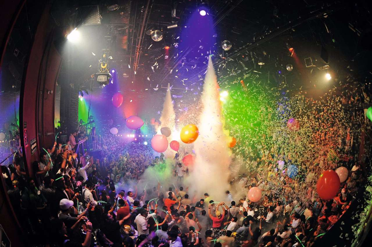 The Ultimate Guide to the World-Famous Coco Bongo