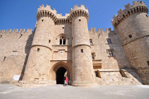 Palace_of_the_Grand_Master_of_the_Knights_of_Rhodes