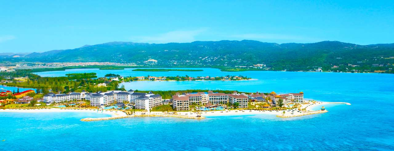 WIN a Luxury 5-star Adult-Only Jamaica Holiday for Two, with flights included!