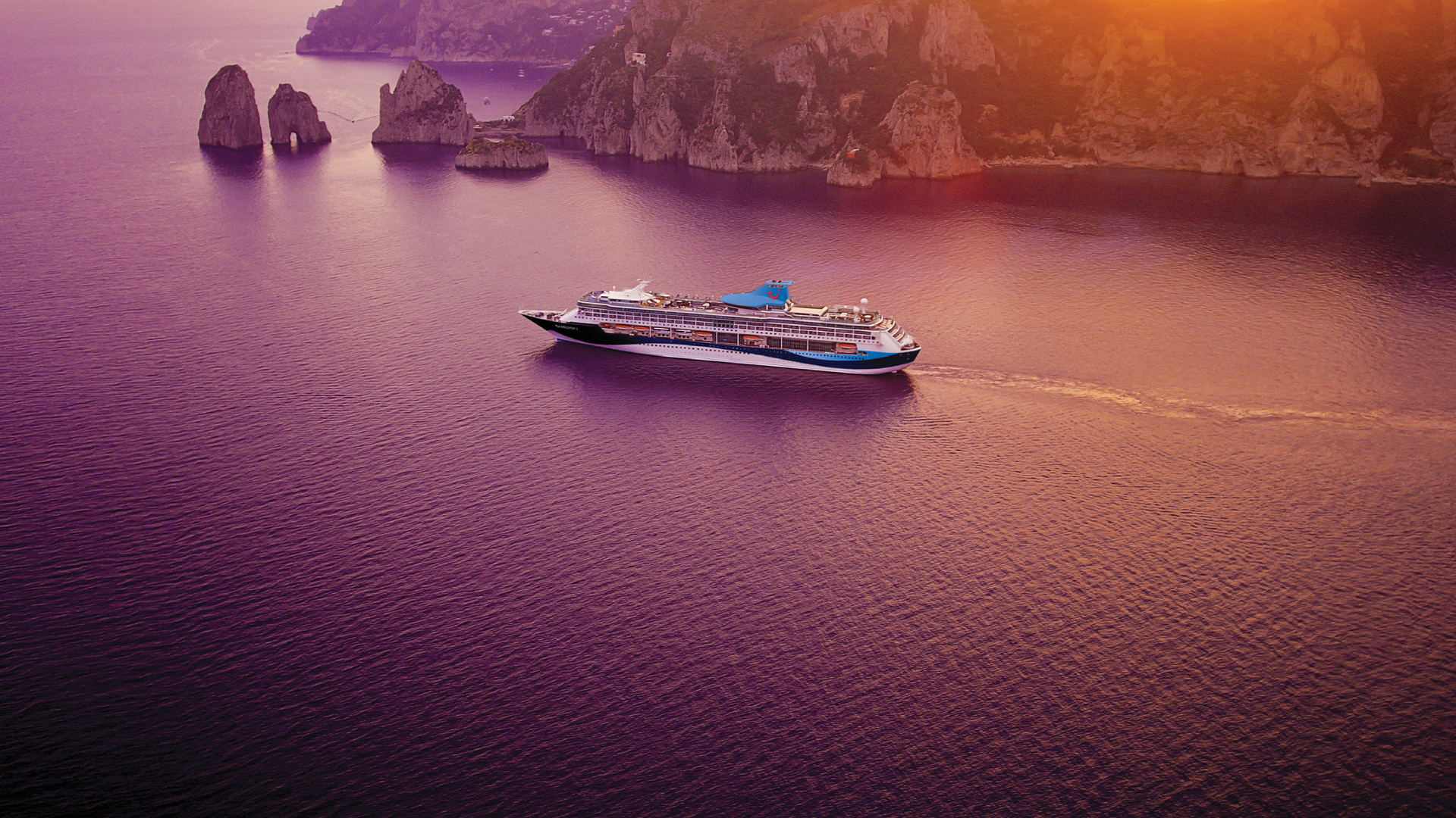 Welcome to Cruise with Holiday Hypermarket