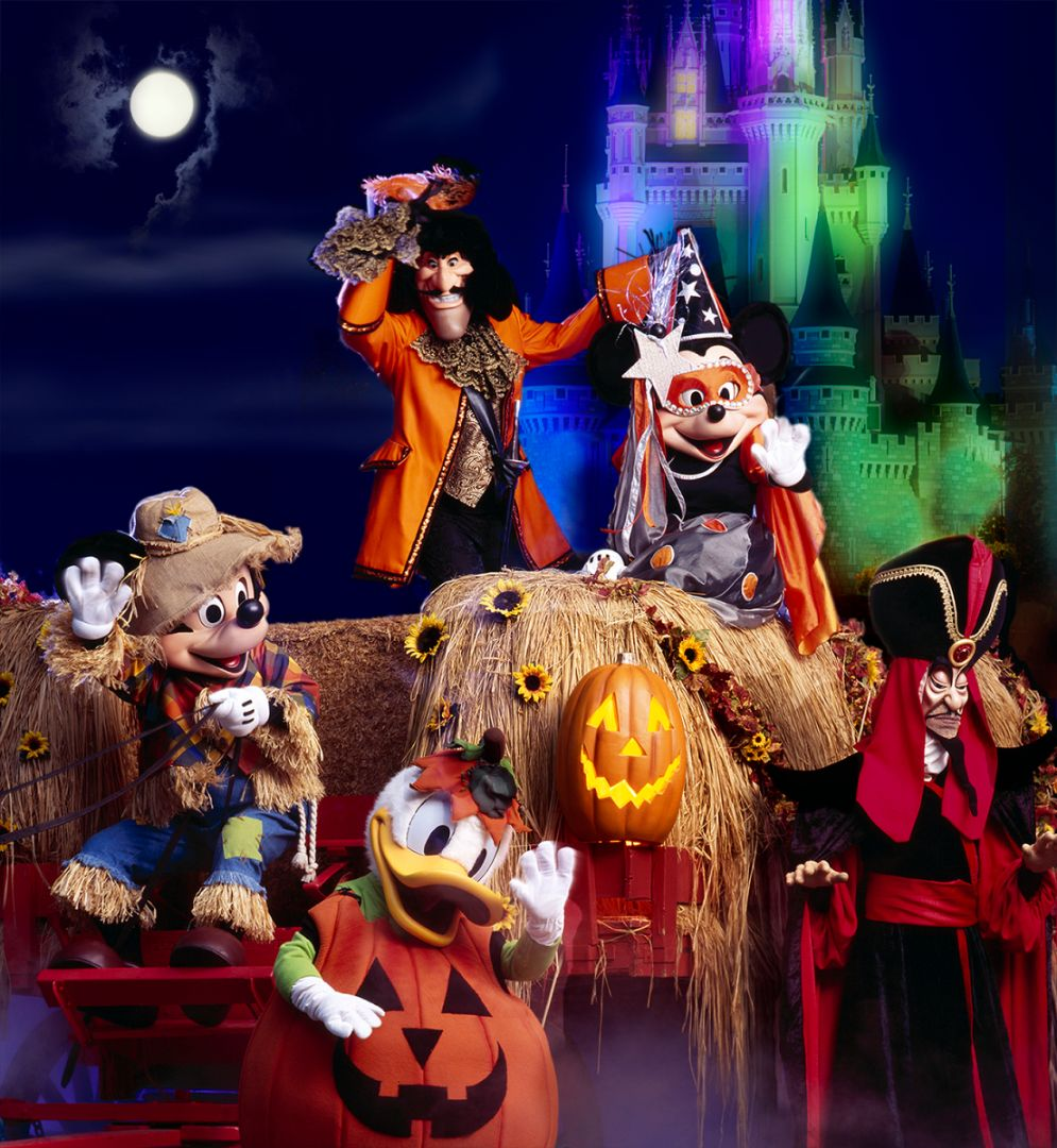 Mickeys Not So Scary Halloween Party characters