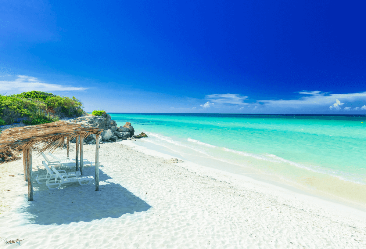 White sands and turquoise blue waters, a beautiful beach in Cuba